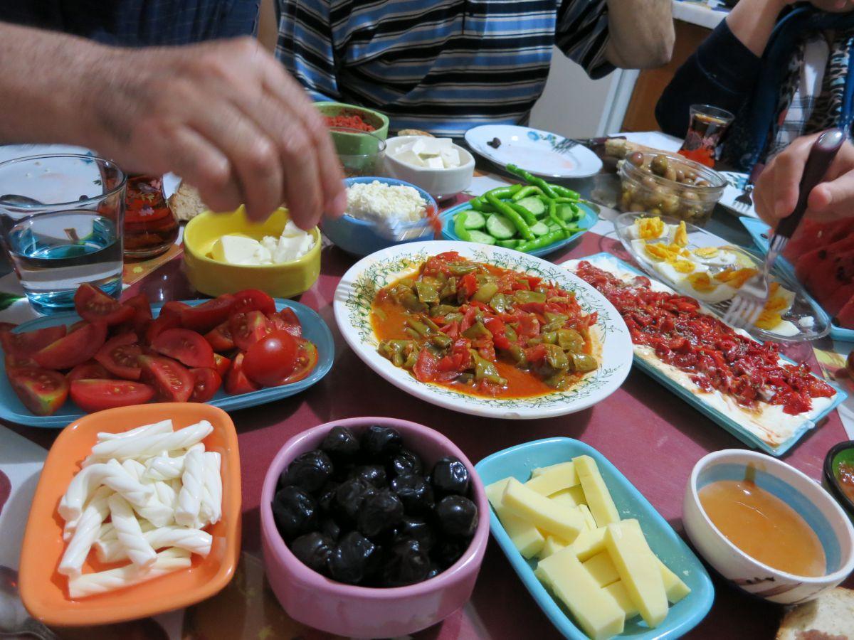 Lovely Oliven Und Käse Zum Frühstück