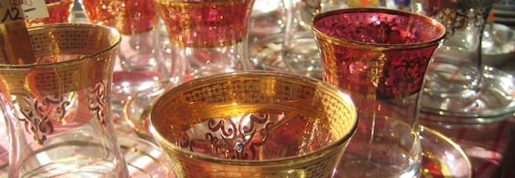 goldverzierte Teegläschen aus unserem Angebot